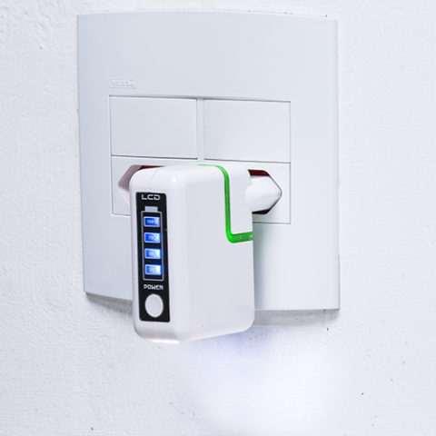 Power-Bank-Plastico-de-Tomada-BRANCO-3765d3-1480007222